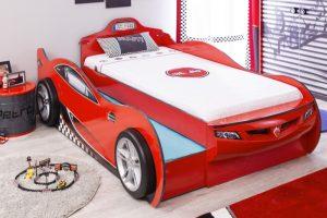 Mašina lova Coupe su stalčiumi raudona